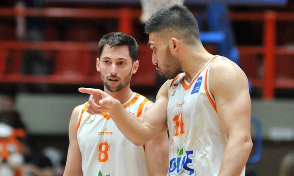 Κασελάκης: «Βάλτε νερό στο κρασί σας, το μπάσκετ είναι το εθνικό μας σπορ»