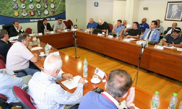 Ραντεβού Λεουτσάκου με τη νέα Football League