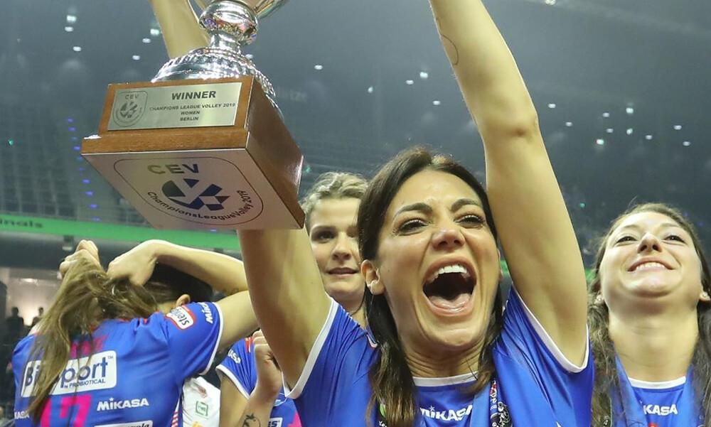 Η απάντηση σε αυτές που τα… πέταξαν όλα για το πρωτάθλημα από τις γυναικάρες της Νοβάρα! (photos)