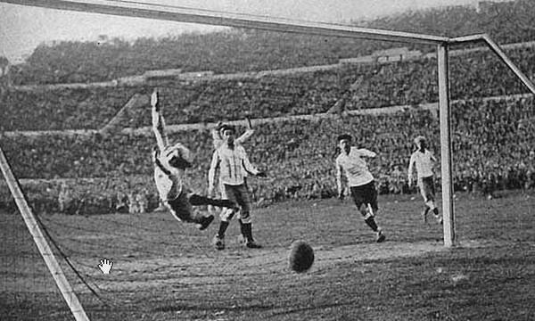 Tο πρώτο γκολ στην Ιστορία των Παγκοσμίων κυπέλλων (vid)